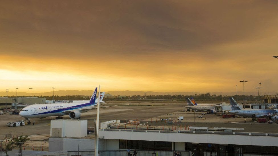 Smoke seen from Los Angeles International Airport. 23 July 2016