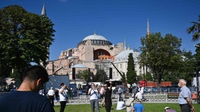 Hagia Sophia kembali dijadikan masjid pada 2020.