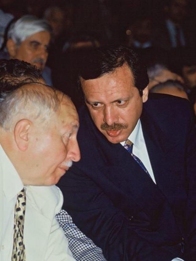 Erbakan ve Erdoğan 1995 yılında, birarada.