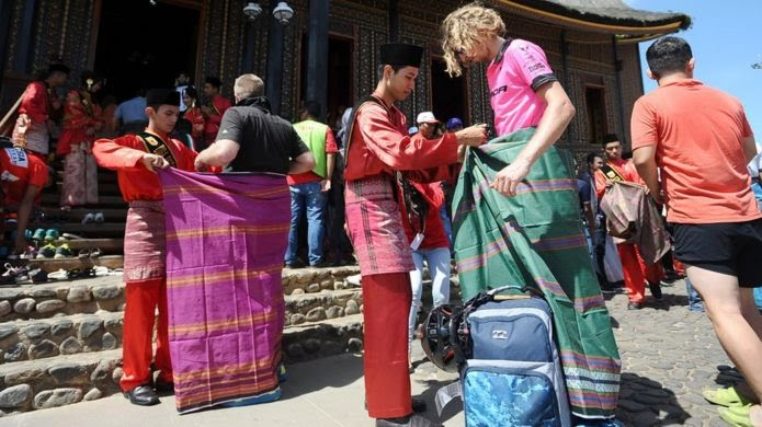 Tourists are given sarongs in Indonesia (file image)