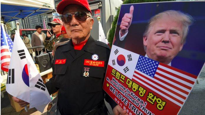 Cựu binh Hàn Quốc ủng hộ Tổng thống Donald Trump hôm 4/11
