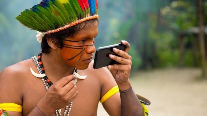 [Imagem: _106223335_amazon-indigenous.jpg]