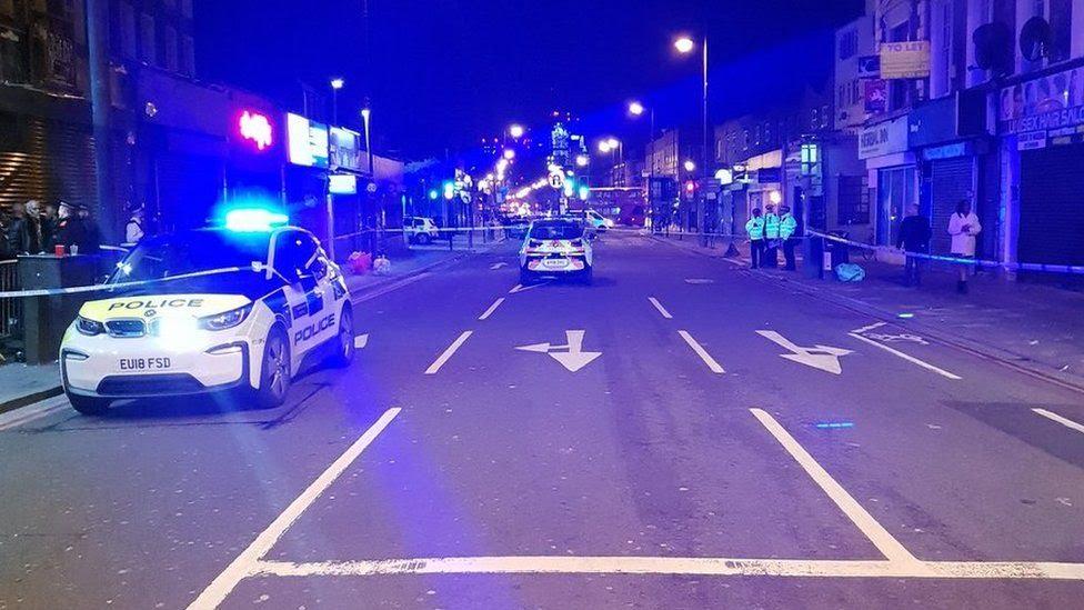 Crime scene in Kingsland Road