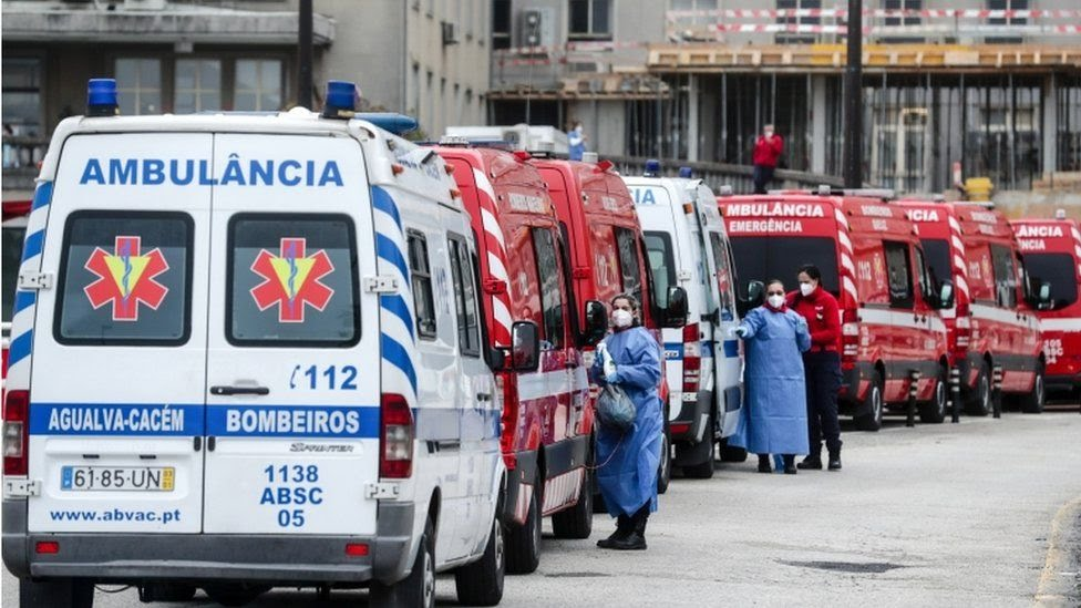 Ambulances queue for pre-screening of patients upon arrival at Santa Maria Hospital in Lisbon, Portugal, 29 January 2021