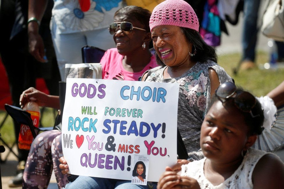 Mourners for Aretha Franklin