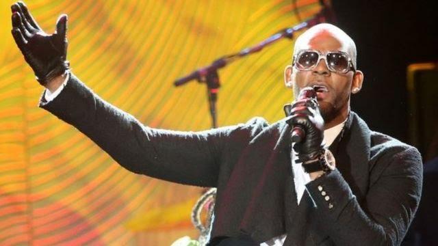 R Kelly aririmba muri concert
